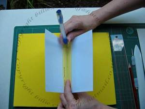 How to hold signatures to use the piercing template