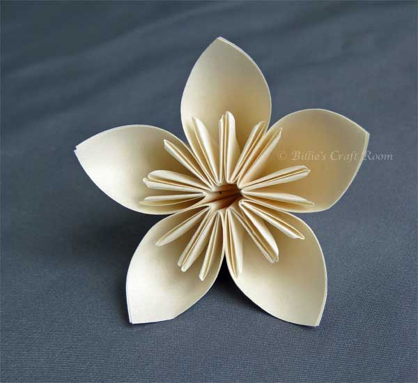 Origami flower billies craft room paper flower mightylinksfo