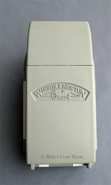 Winsor & Newton Field Box (closed)
