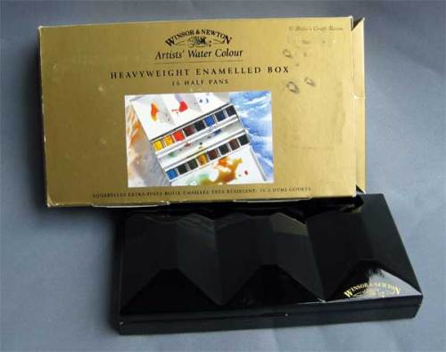 Winsor and Newton; Heavy Weight Enamelled Box