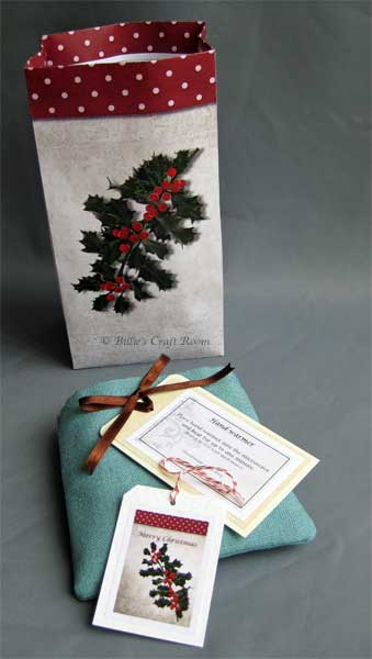 Hand warmer, with gift bag and instructions tag