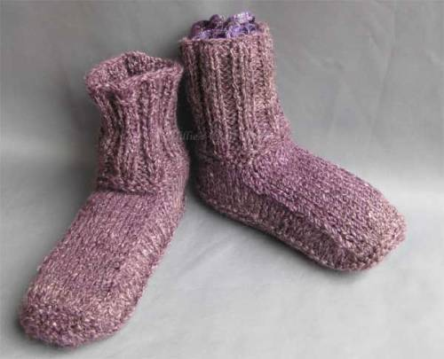 Winter slipper boots