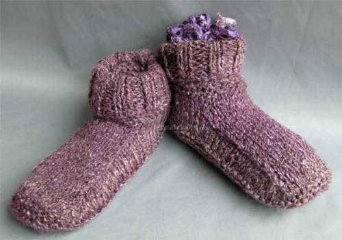 Winter slipper boots with folded down top
