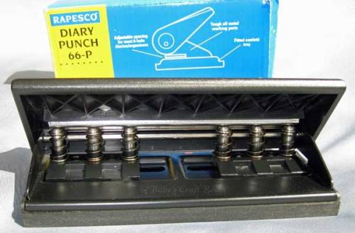 Rapesco Punch 66-P; set for Personal size Filofax page punching